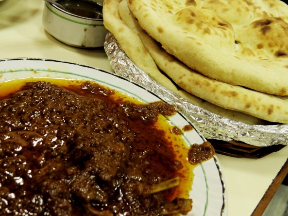 There's nothing to beat the traditional Tandoori Roti and Korma!